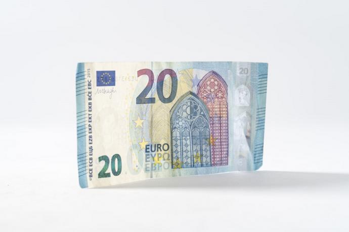 Billete de 20 euros (Thought Catalog Unsplash)